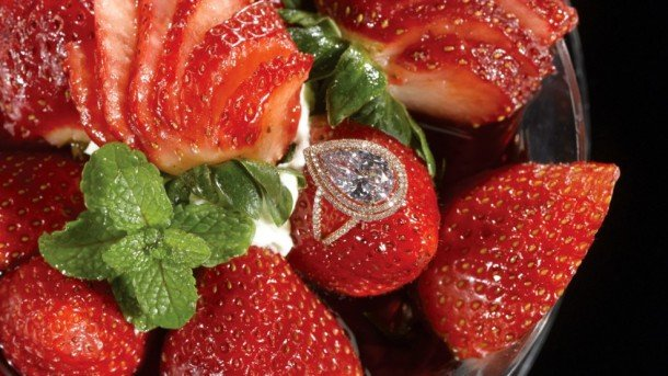 Strawberries Arnaud – 10 Most Expensive Desserts In The World